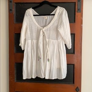 O'Neill size large blouse. Great for the beach!